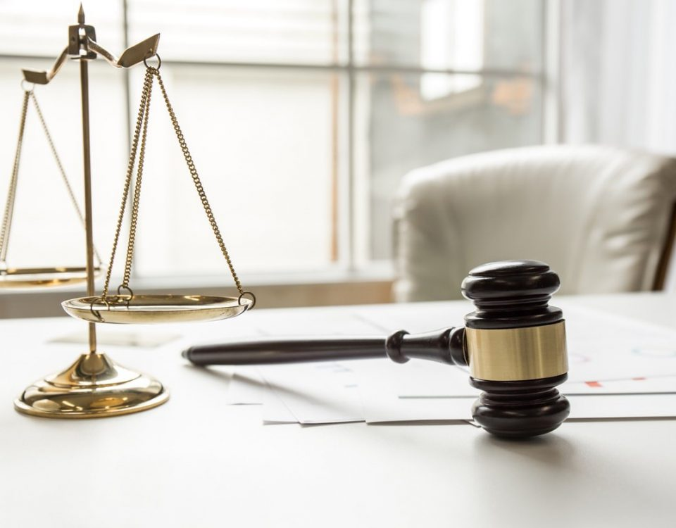 وکیل ملکی متخصص