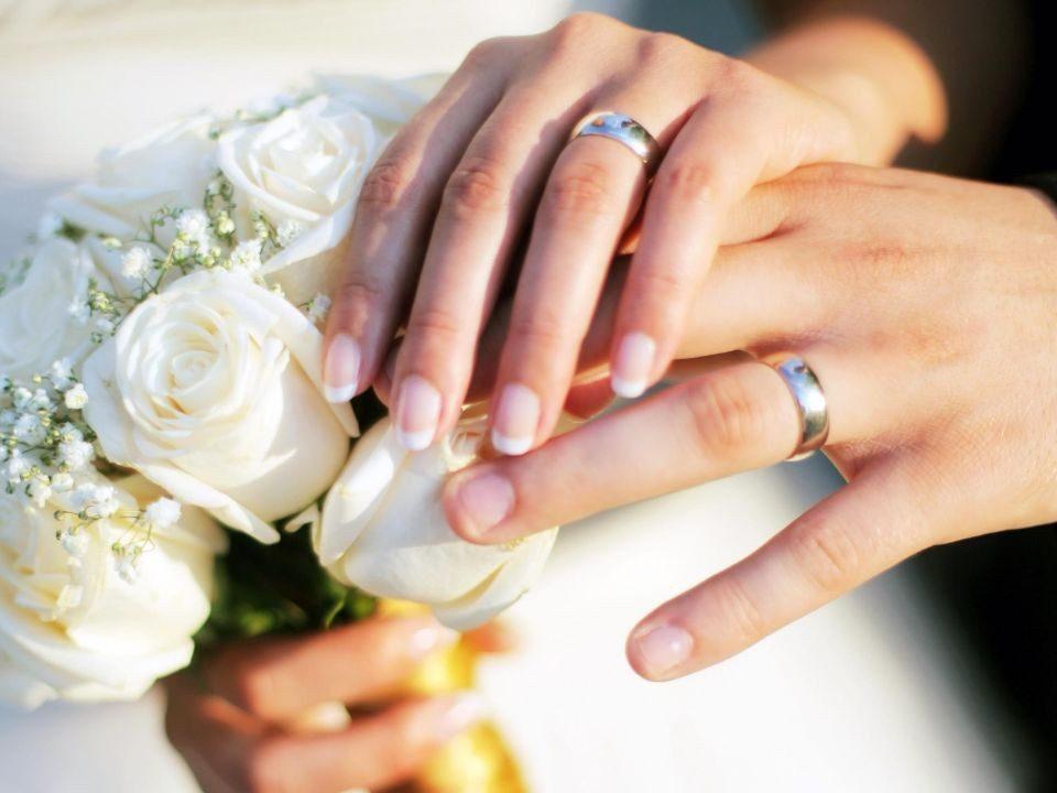 ازدواج زن ایرانی با مرد خارجی