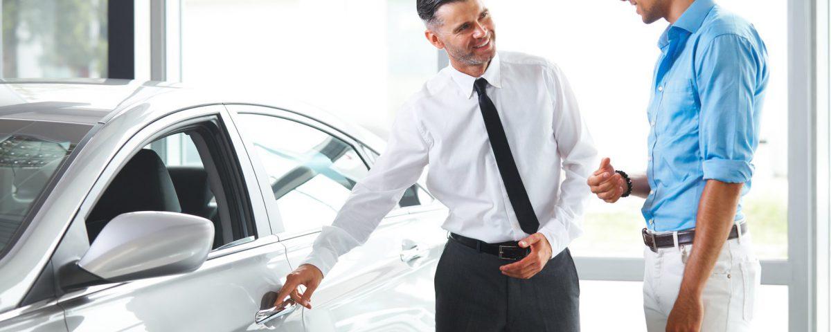 وکیل شکایت از فروشنده خودرو